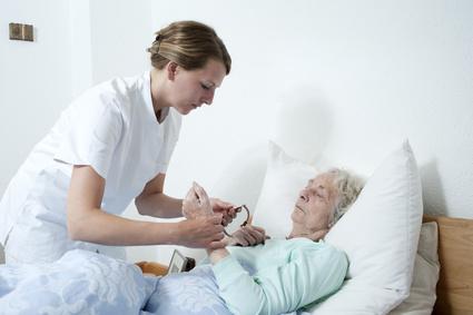 Seniorenpflegerin Pflegekraft im Pflegeheim